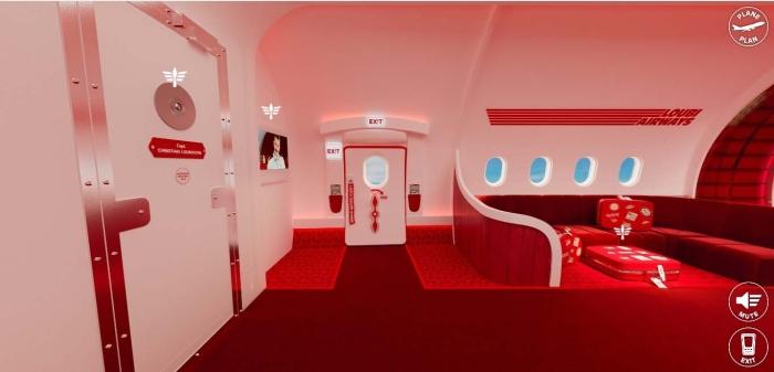 Christian Louboutin, Loubi Airways koleksiyonunu sundu